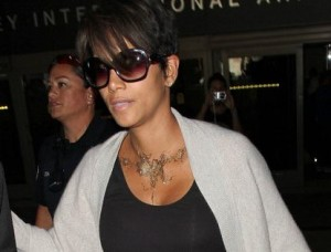 Halle Berry Flash Tattoo newobsessions  (3)